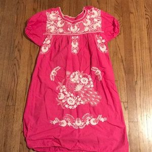 Dresses & Skirts - Classic Mexican style dress